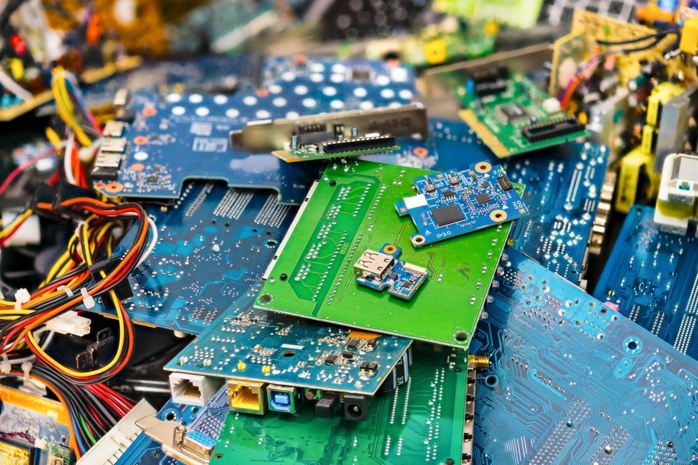 Amas de déchets électroniques